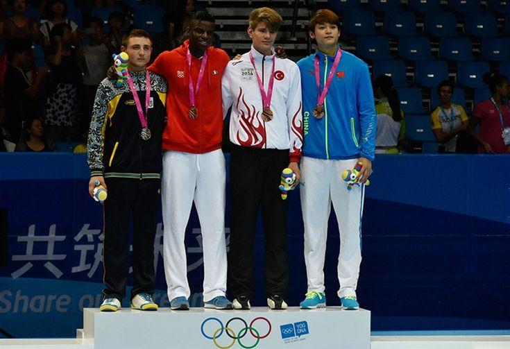 Çin'in Nanjing kentinde devam eden 2. Yaz Gençlik Olimpiyatları'nın 5. gününde taekwondoda +73 kiloda Milli sporcumuz Talha Bayram, bronz madalya kazandı.