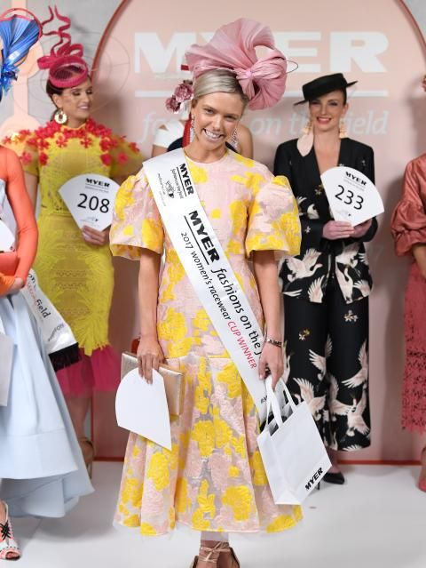 Myer Fashions on the Field winner Holly Stearnes, centre. Picture: AAP