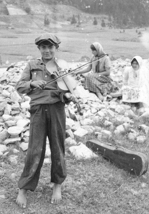 Romowie, lata 50.-70. XX w., fot. Jerzy Ficowski / www.audiovis.nac.gov.pl (NAC) - photo 6