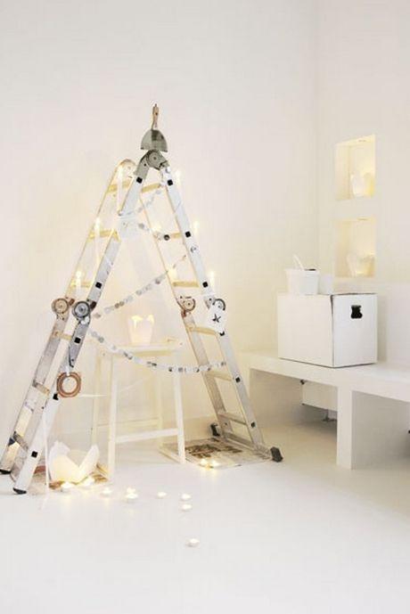 Κάν το μόνος σου: Φτιάξε το πιο πρωτότυπο Χριστουγεννιάτικο δέντρο της ζωής σου