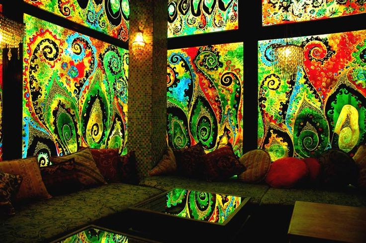 Lovely window painting: Dreams Home, Color, Dreams Rooms, Sit Rooms, Fractals, Window Art, Lounges Area, Cool Rooms, Stained Glasses