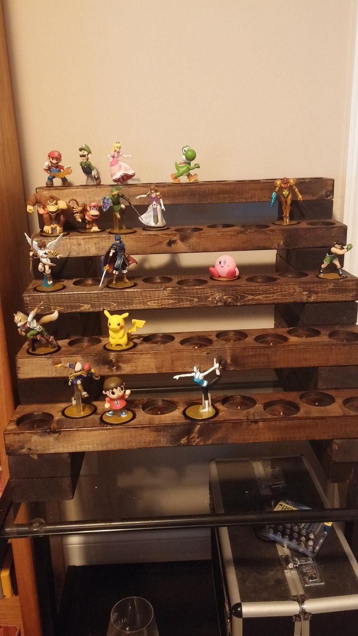 Amiibo wood display