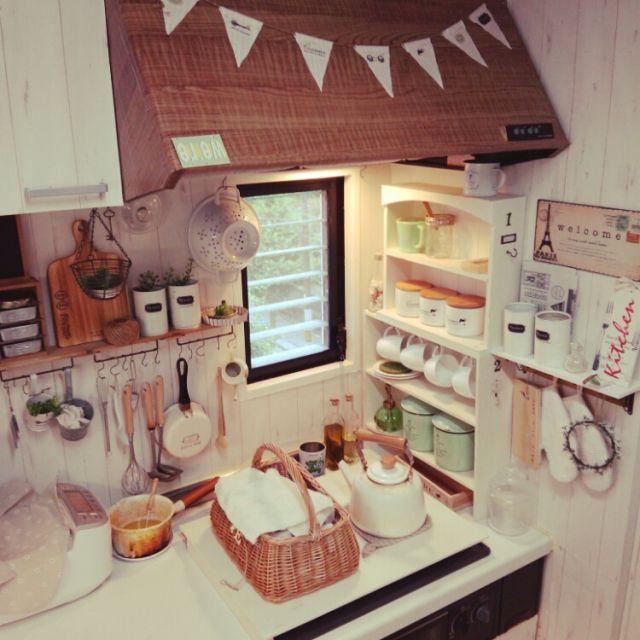makomiさんの、コンロカバー,ブリキ缶,ナチュラルキッチン,セリア,プチプラ,DIY,Kitchen,のお部屋写真