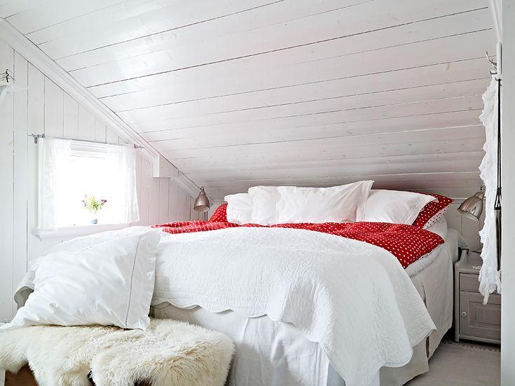 mysigt sovrum snedtak - Sök på Google