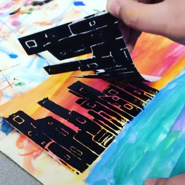 "177 Likes, 14 Comments - Laura Lohmann (@paintedpaperart) on Instagram: ""Do your students love printmaking ? Mine do, especially when they look like New York City!! ⛪️…"""