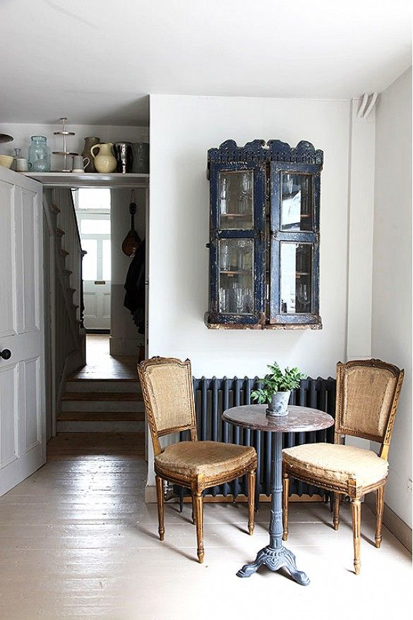 Inside+a+Quaint+Victorian+With+Incredible+Bones+via+@domainehome