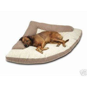 Our pups would love this!Dogs Beds, Dogs Accessories, Pets Beds, Corner Beds, Pets Supplies, Max Corner, Bolster Xxl, Dog Beds, Corner Dogs