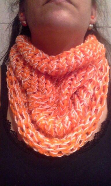 Cuello naranja
