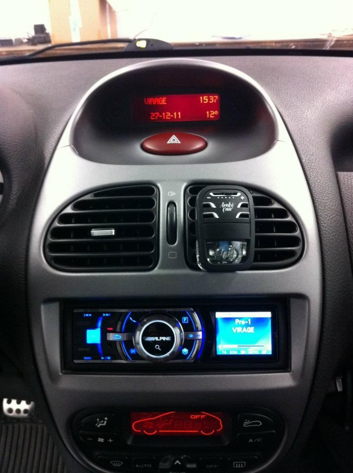 1000 images about installations autoradio sono navigation on pinterest cars bmw and ford. Black Bedroom Furniture Sets. Home Design Ideas