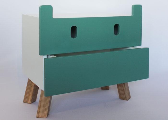 Buró Mostro . 2 cajones por Taller de diseño Oscar Nuñez