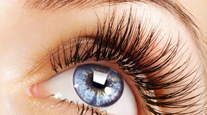 Tips Merawat Bulu Mata Agar Tidak Mudah Rontok