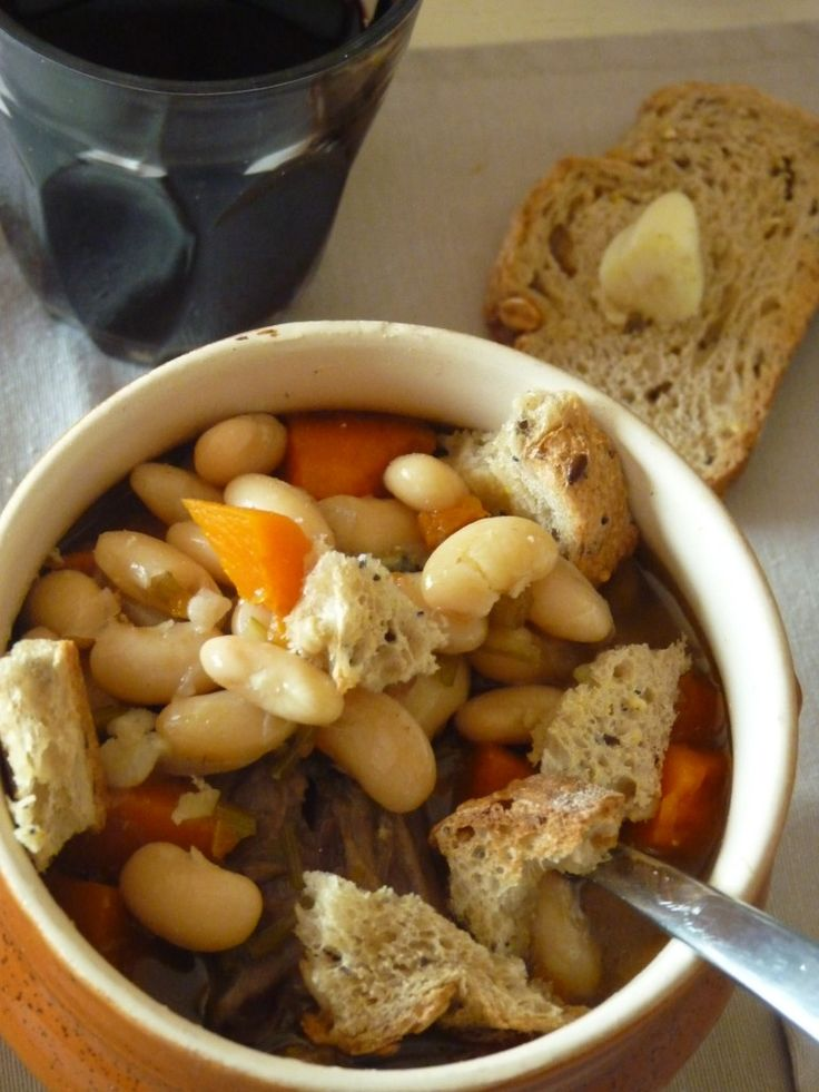 Soupe de queue de bœuf à la mogette de Vendée