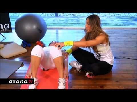 Ασκήσεις κατά την διάρκεια της εγκυμοσύνης με την Eλένη Πετρουλάκη. - YouTube