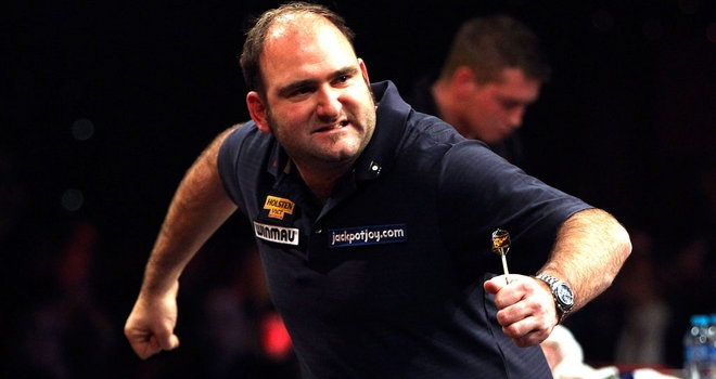 Waites crowned BDO World Champion, but will he make the switch?