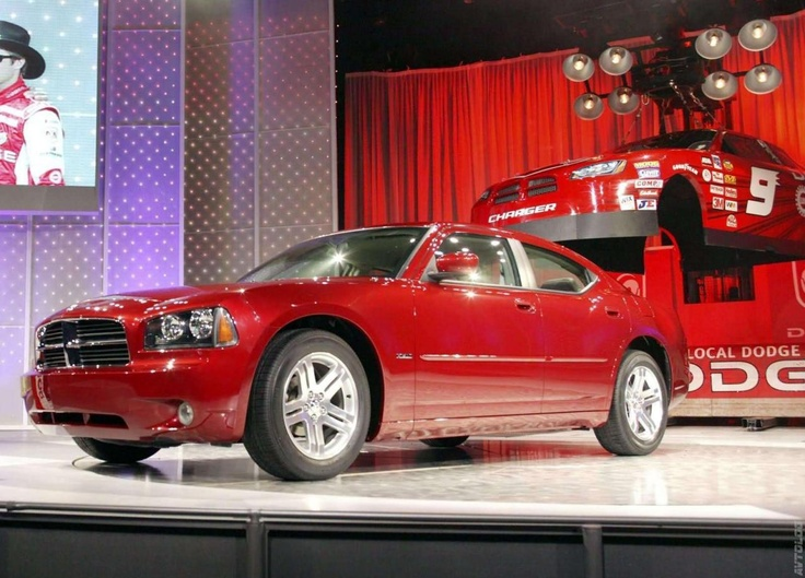 2006 Dodge Charger RT found one of these I like and cheap enough for payments when I get a job :)