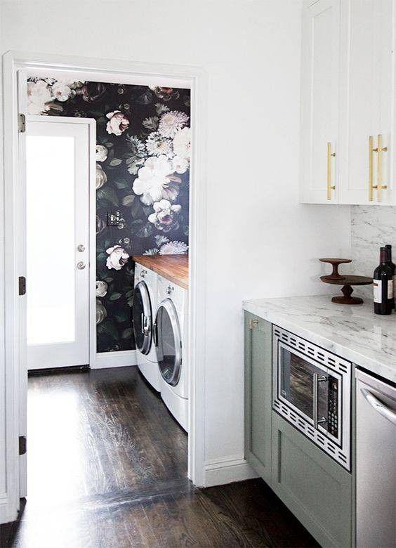 Best 25 Black floral wallpaper ideas on Pinterest Eclectic