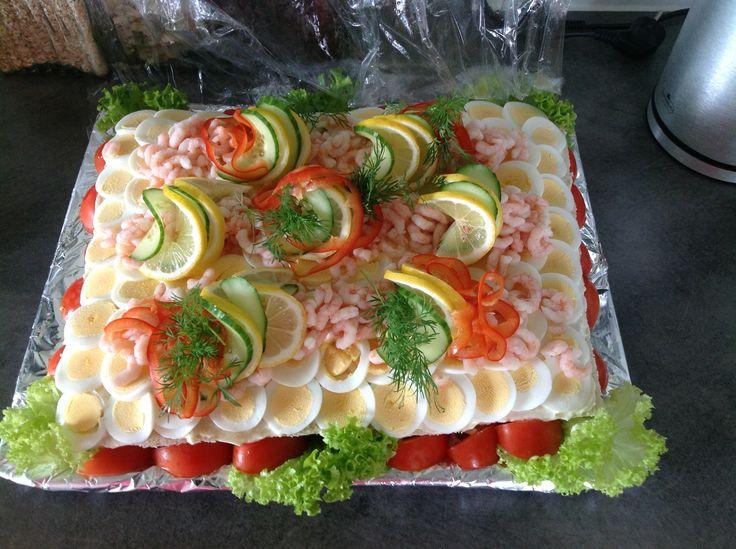 Sandwichtærte m/tunsalat, æg & rejer