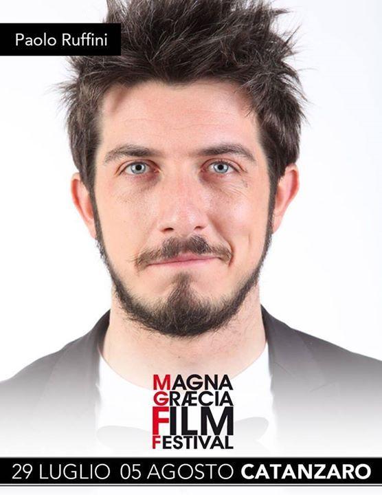 """Eccezionale evento all'interno del Magna Graecia Film Festival... PAOLO RUFFINI sarà al Cinema Teatro Comunale per la proiezione del suo docu-film """"RESILIENZA"""". Da non perdereeee!!!"""