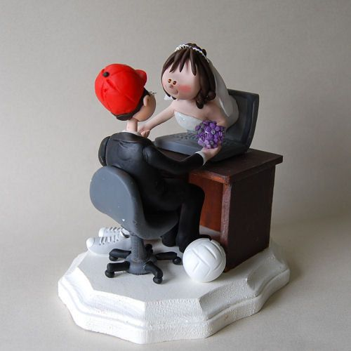 Cake Topper Ideal For S Who Met Online