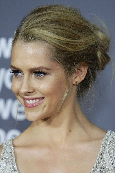 Teresa Palmer French Twist hair-and-beauty