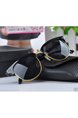 Stay tuned with this batra stylish unisex wayfarer sunglasses #wayfarersunglasses #onlinesunglasses #blacksunglasses #stylishsunglasses #sunglassesonline Shop now-  https://trendybharat.com/offer-zone/offer-alert/independence-day-sale/batra-sylish-unisex-wayfarer-sunglasses-sa00038