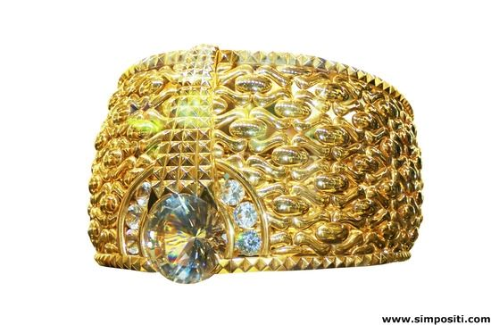 Beautiful and huge gold ring - many women would like to get it. #goldring #gold #ring