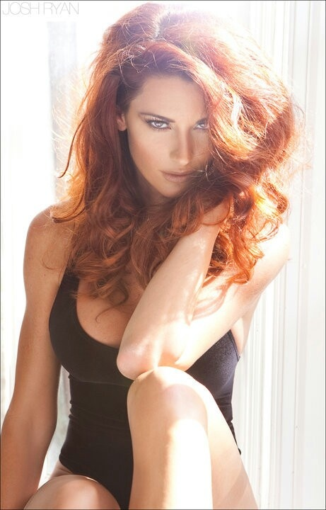 Gorgeous nuderedheads Nude Photos