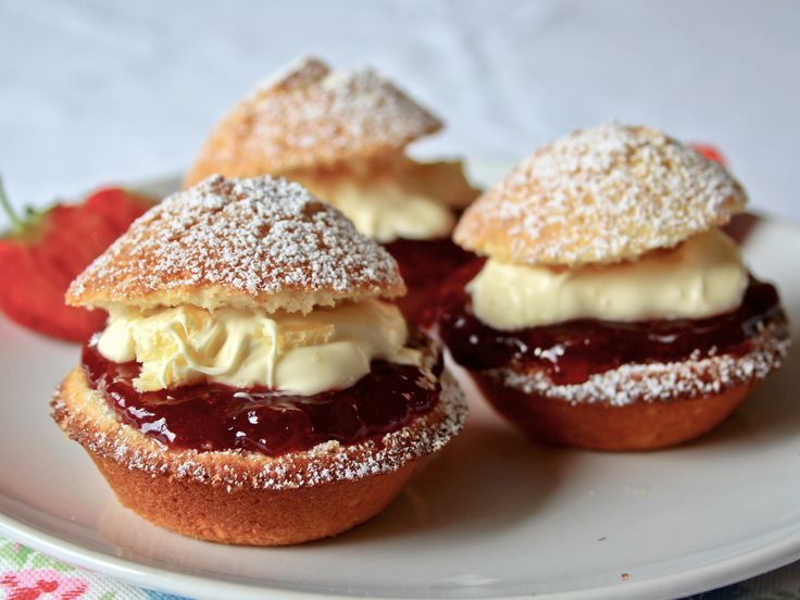 Gluten free scone cupcakes