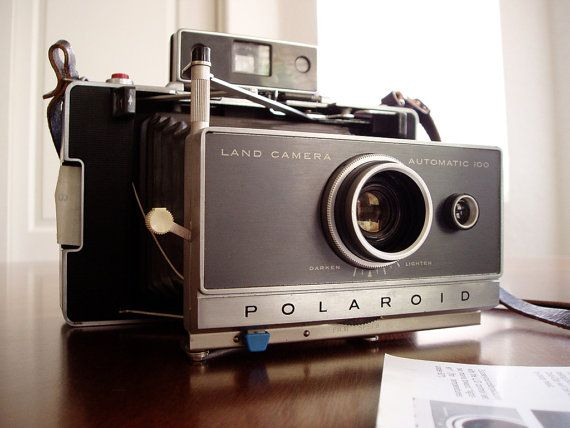 How does an analog camera work?