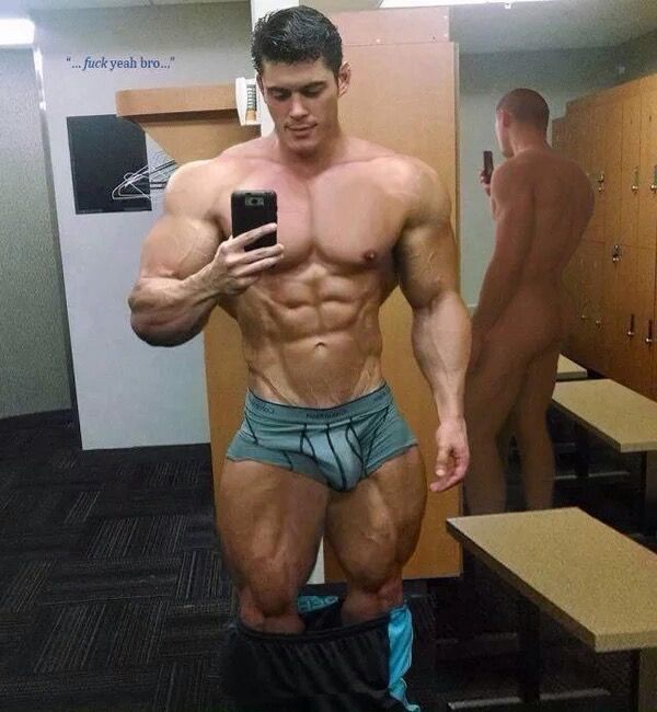 Muscly Dude In The Gym