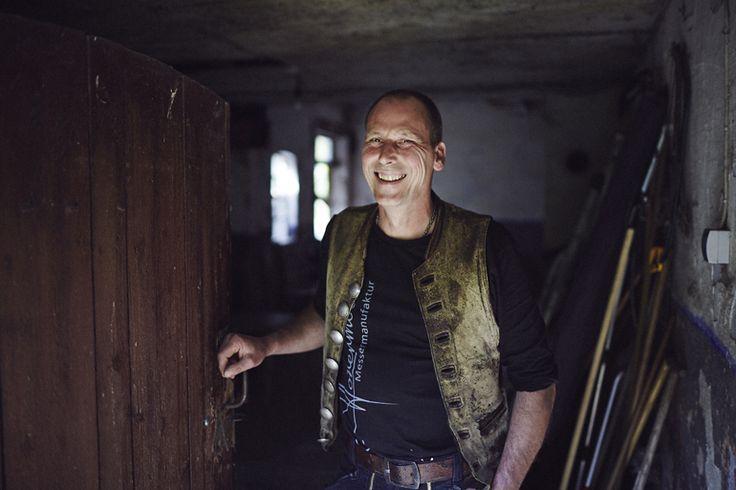 Ulrich Hennicke, experto en la fabricación de cuchillos artesanales
