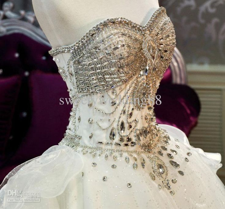 Simple  New Arrival Bling Bling Crystals luxury A line Sweetheart cathedral train Ball Gown Wedding