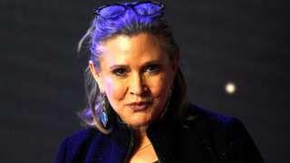 """Image copyright                  Reuters                                                                          Image caption                                      Fisher, de 60 años, es famosa por interpretar a la Princesa Leia en la saga de """"La guerra de las galaxias"""".                                La actriz estadounidense Carrie Fisher sufrió es"""