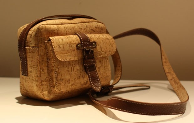 Mala em cortiça MA Handbags