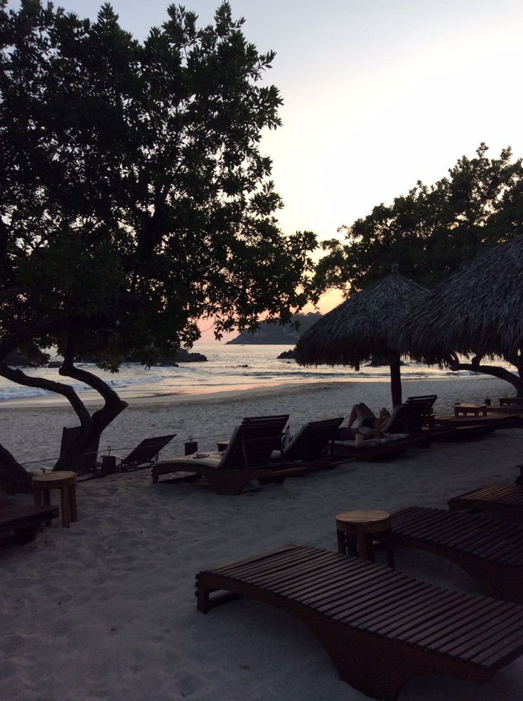 Beach view - CI - Sunset