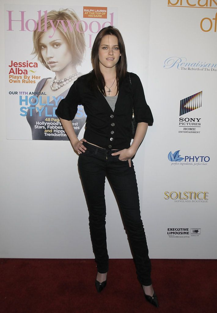 Actress Kristen Stewart arrives at the 7th Annual Breakthrough Of The Year Awards at the Music Box at the Henry Fonda Theater on December 9, 2007 in Los Angeles, California.