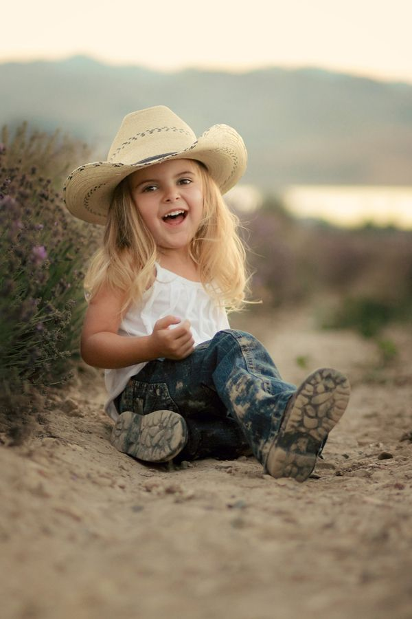 Cute photo idea for a little cowgirl.  I know a couple of little cowgirls who love to play in the dirt!