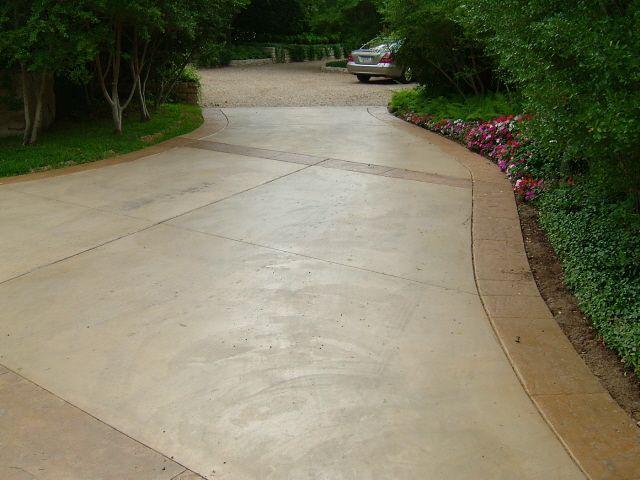 concrete driveways | Concrete driveway done by Us Aluminum Services