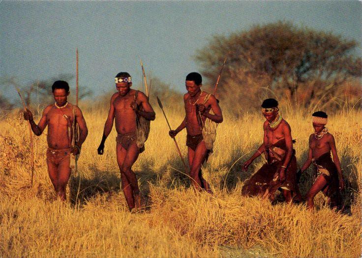 NAMIBIA - Ju/'hoansi bushmen in Eastern Bushmanland