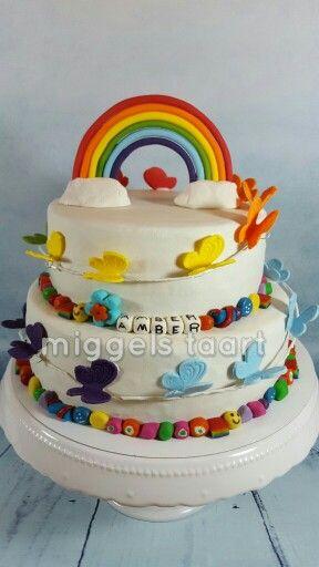 Icing smiles cake rainbow butterfly kanjerketting