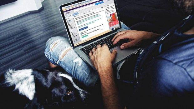 En la deep web, un internet fuera de foco al que no se puede acceder desde los navegadores clásicos, existe un mercado que vende todo…