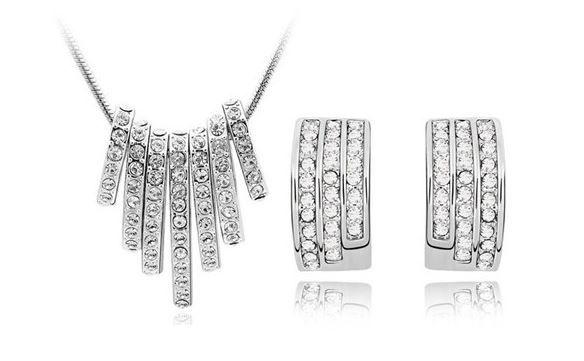 Luxusní set Bridal Elements v imitaci Diamantu se slevou 50% jen za 299 Kč a poštovné ZDARMA! | Slevoucher.cz - Slevoucher.cz - nejlepší nabídky největší slevy pro Vás!