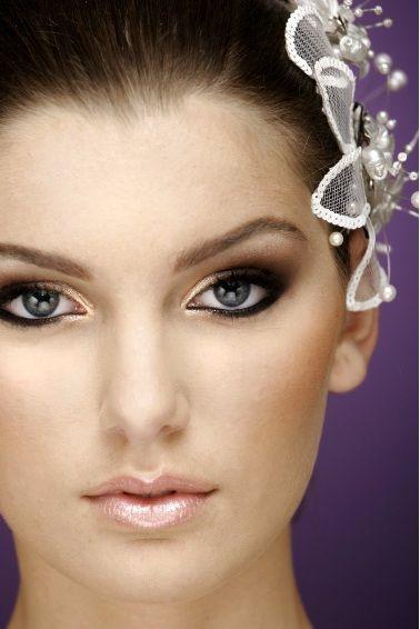 Resultados da pesquisa de http://www.blogdamulher.com/files/maquiagem-noiva.jpeg no Google