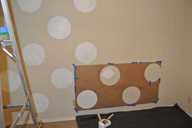 how to paint polka dots on walls; cute for laundry room or bathroom