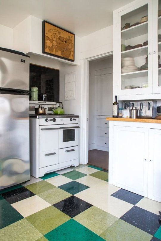 Vintage random, Linoleum Can Be Beautiful - Take Another Look: Vinyl & Linoleum Tiles Can Actually Look Good (Really!)
