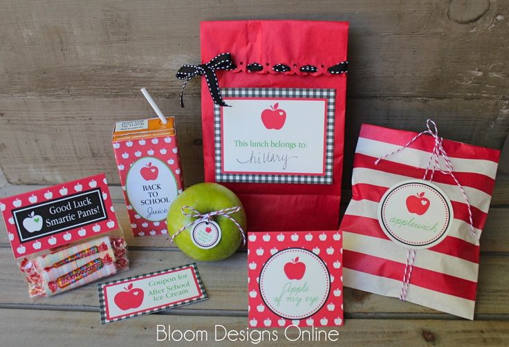 First Day of School LunchBack To Schools, Schools Lunches, Lunches Printables, Schools Printables, Lunches Boxes, School Lunches, Bloom Design, Child Lunches, Free Printables
