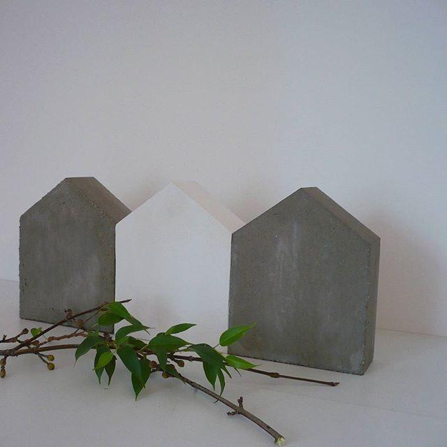 #domki #demkidekoracyjne #podpórkidoksiążek #beton #szary  #homedecoration #betonart #betondesign