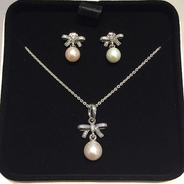 Pandora earrings, necklace #PANDORA #PANDORAearring