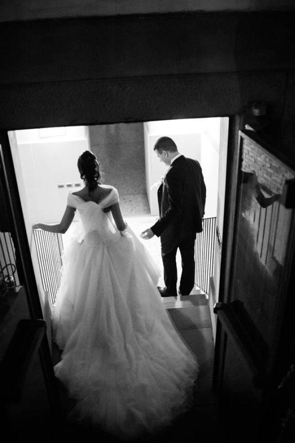 Chiara per il suo matrimonio  Indossa Couture Hayez Atelier Foto Michele Dell'Utri presso Villa Zanchi http://www.couturehayez.com/blog/il-matrimonio-royal-di-cecilia-e-marco-a-villa-zanchi-ritratto-da-michele-dell-utri/