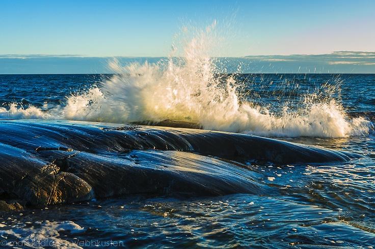 Breaking seawave 11209-7559.jpg | Mats Lindfors | Webbkusten Photography